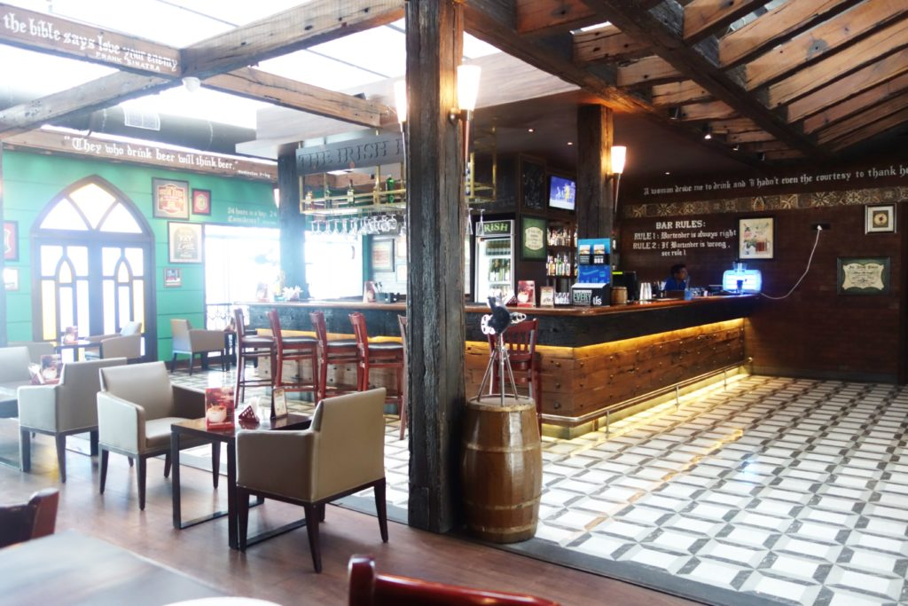 RESTAURANT REVIEW: IRISH HOUSE, CALCUTTA AIRPORT
