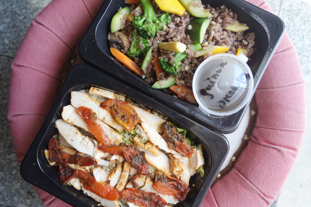 TAKEOUT REVIEW: THE HEALTH BOX